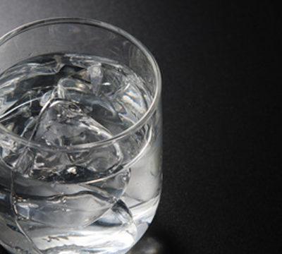 お酒にみられる血栓・心筋梗塞等の予防効果と、中でも焼酎をおすすめする理由